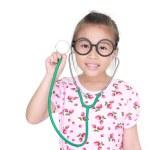 asiatiska liten flicka med stetoskop isolerade vit bakgrund — Stockfoto #28101345