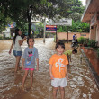 Flooding in Chiangmai city.Flooding of buildings near the Ping River — Stock Photo