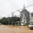 Flooding in Chiangmai city.Flooding of buildings near the Ping River — Foto de Stock