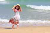 Asian young girl on the beach — Stock Photo