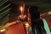 タイの僧侶フローティング ランプ — ストック写真
