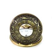 Reloj de bolsillo vintage sobre fondo blanco — Foto de Stock