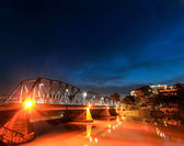 Traffic on bridge at dawn, Chaing mai Thailand — Foto Stock