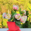 Bouquet of white and pink roses in the pot — Stock Photo