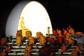 Buddhist monk praying to the Buddha. — Stock Photo