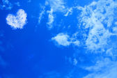 Heart Cloud on the sky — Stock Photo