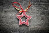 Weihnachtsdekoration auf hölzernen hintergrund — Stockfoto