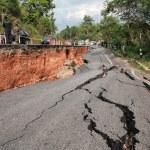 CHIANG RAI, THAILAND-MAY 5:Cracked asphalt after earthquake, sol — Stock Photo #49226697