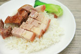 Rice with roasted pork and duck grilled — Zdjęcie stockowe