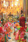 Chiangmai, Tailandia-marzo 30:Poi cantó largo fiesta, tradicional — Foto de Stock