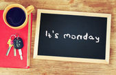 Blackboard with the phrase it's monday — Stock Photo