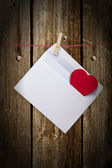 Hearts and blank envelop isolated on white background — Zdjęcie stockowe