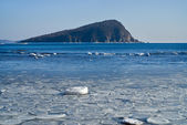 Small island in winter sea 21 — Stock Photo