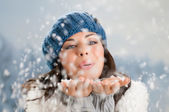 Winter happiness and carefree — Stock Photo
