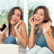 Happy Girls Listening To Music — Stockfoto