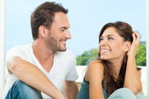 Happy Couple Having Chat — Stock Photo