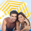 Smiling Couple Enjoying At Beach — Stock Photo