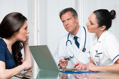 Medical exam discussion — Stock Photo