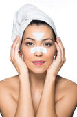 Beautiful Girl Removing Blackheads — Stock Photo