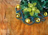 Confine di Natale con la decorazione, ornamento su fondo in legno — Foto Stock
