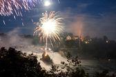 Rhinefall dans la nuit de feu d'artifice — Photo