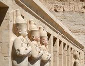 ハトシェプスト女王の神殿、エジプトの永続的な図 — ストック写真