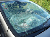Broken car window pane — Stock Photo
