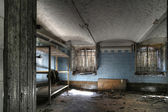 Abandoned factory warehouse (HDR) — Foto Stock