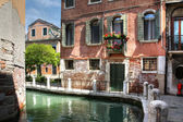 House and lanes in Venice — Stock Photo