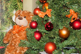 Christmas tree and teddy bear — Foto de Stock