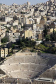 Amphitheater with metropolis Amman in the background, Jordan — Stock Photo