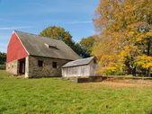 Old Autumn Barn — Stock Photo