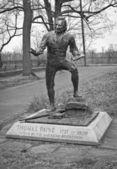 Thomas Paine Statue BW — Stock Photo