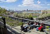 Resting on the High Line — Stock Photo