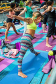 Yoga Stretching Times Square — Stock Photo