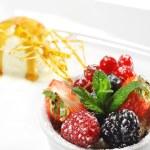 Dessert - Fresh Berries with Ice Cream — Stock Photo