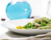 沙拉-蔬菜海鲜 — 图库照片