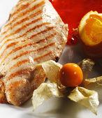 Bistecca di pollo alla griglia — Foto Stock