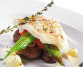 Halibut on Vegetable — Stock Photo