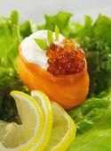 Salmon Gunkan Sushi — Stock Photo