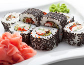 Japanese Cuisine - Sushi Roll with Shrimps — Stock Photo