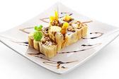 Sweet Fruit Sushi Roll — Stock Photo