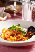 Spaghetti fruits de mer — Photo