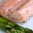 Salmon fish and asparagus — Stock Photo