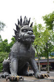 Chinese lion in Chinese temple — Stockfoto