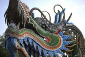 Chinese dragon on temple — Stockfoto