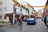 Bustling street of Chinatown district in Singapore. — Foto Stock