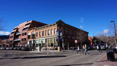 BOULDER, COLORADO, JANUARY 27, 2014: Visitors visit the downtown — Stock Photo