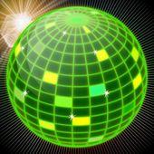 Lustro zielony piłka — Zdjęcie stockowe