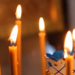 Wax candles in the church. The Russian Orthodox Church — Vídeo de stock